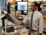 waga wbudowana w taśmę w supermarkecie